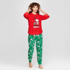 Other - Peanuts Christmas PJs